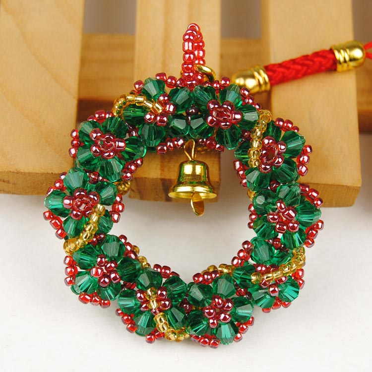 Crystal beaded handmade diy material package phone chain christmas wreath with jewelry pendant birthday holiday gift