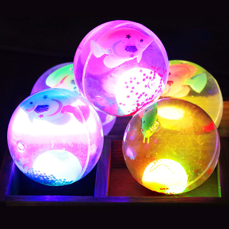 Dog flash led flash bouncing ball bouncing ball dog toys teddy ball pinball small in the large dog pet toys