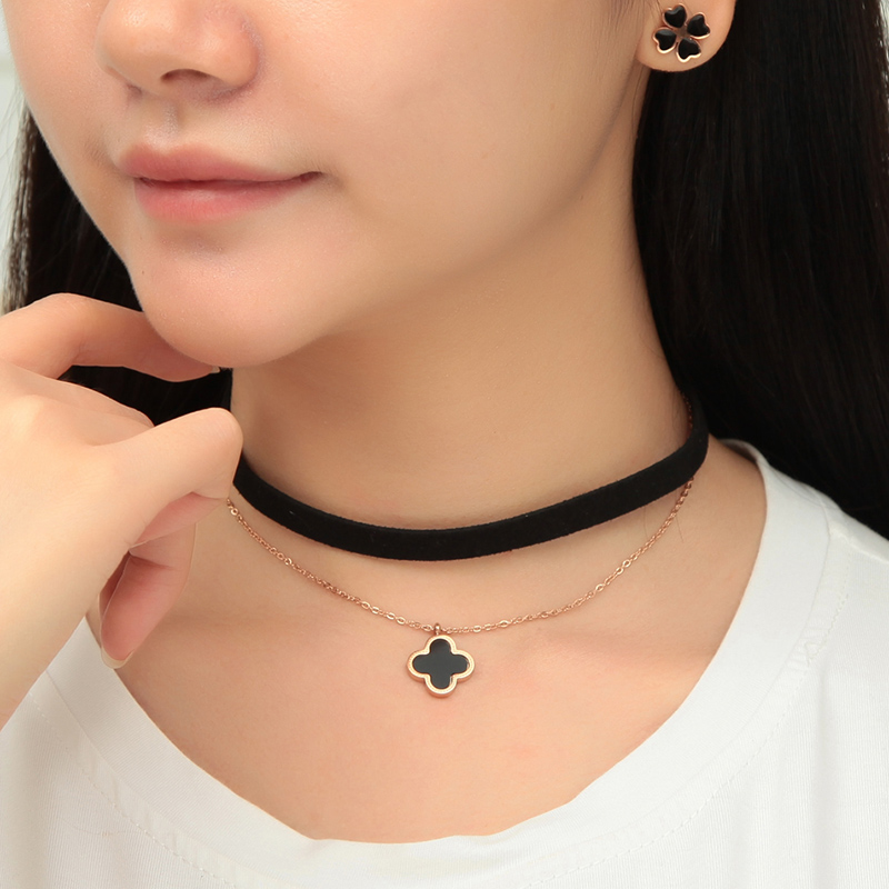 Double triangle clover simple female clavicle chain necklace neck chain necklace titanium steel plated black collar neckband