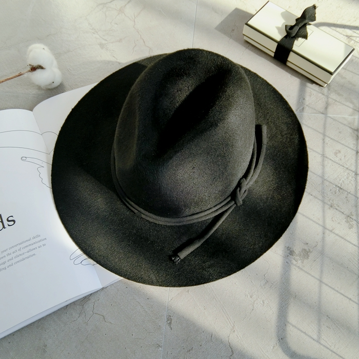 a7dd1e3a490 Get Quotations · European and american big catwalk models retro designer  works end wool hat british jazz hat wide