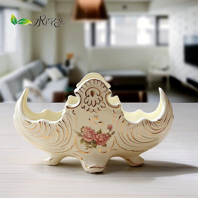 European ceramic fruit plate upscale luxury ivory porcelain ceramic fruit plate dried fruit plate coffee table coffee table modern plate