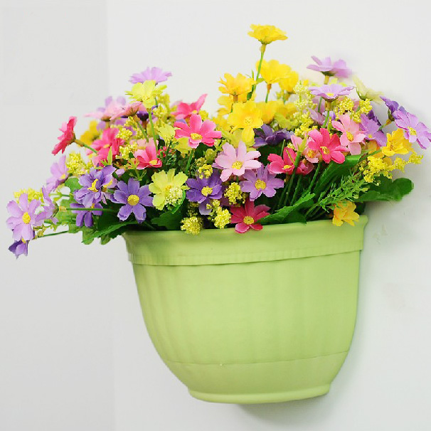 European decorative wall hanging baskets balcony gardening colored indoor large plastic pots pots chlorophytum semicircular wall hanging pots