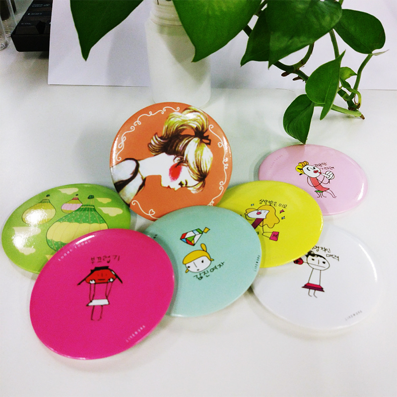 Fashion sweet and cute cartoon mini portable small mirror creative makeup mirror portable circular mirror mirror princess