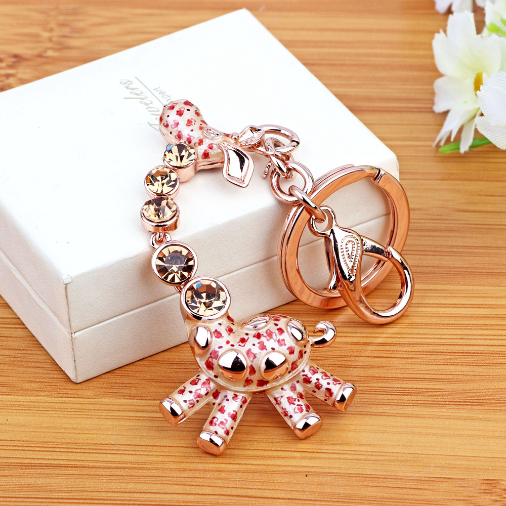 Female creative car key ring korean couple key chain crystal pendant giraffe girls gift bag pendant