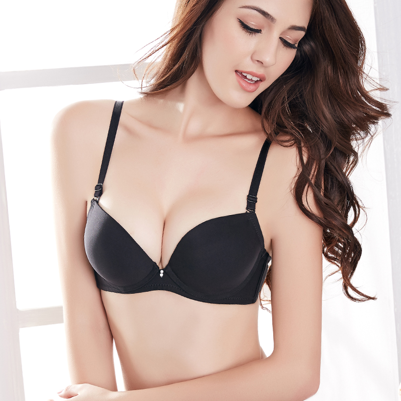 Flat chest small chest thick mold cup bra gather thick black skin thicker section close furu underwear female aa cup 6 cm