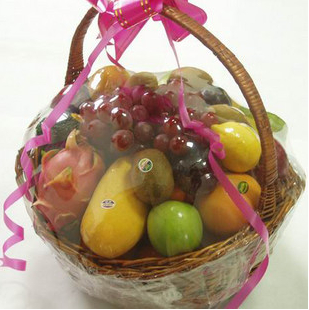 Flowers and fruit baskets sanming autumn gift women's day gifts to the elders condolence visit courier zahngzhou longyan yucheng