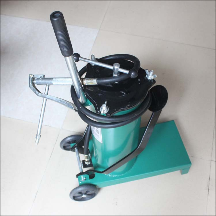 Foot foot butter machine oiler butter oiler oiler grease gun high pressure oiler Gun