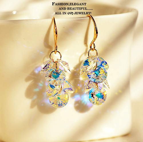 Free shipping south korea sparkling austrian crystal earrings without pierced ears invisible ear clip fake ear rings earrings female gift 0327
