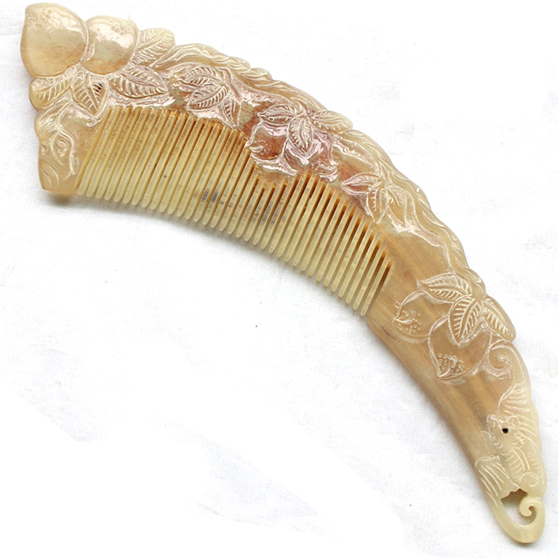 Fu angle natural horn comb horn comb large carving ornaments a matter of a map DKZS03