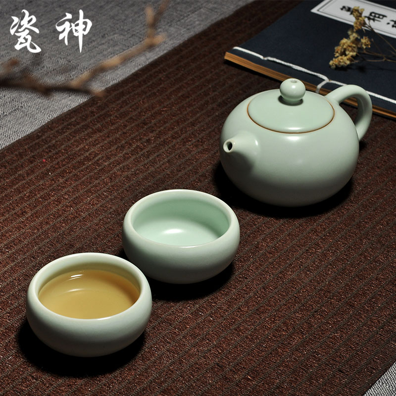 God porcelain ceramic kung fu tea pot two cups opening film can be raised ru special offer tea cup onion skin pattern Tea tea tea sea