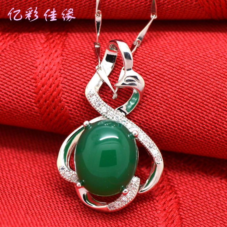 Jiayuan 925-color natural green chalcedony pendant fashion personality color gemstone pendant 925 silver pendant female clavicle chain