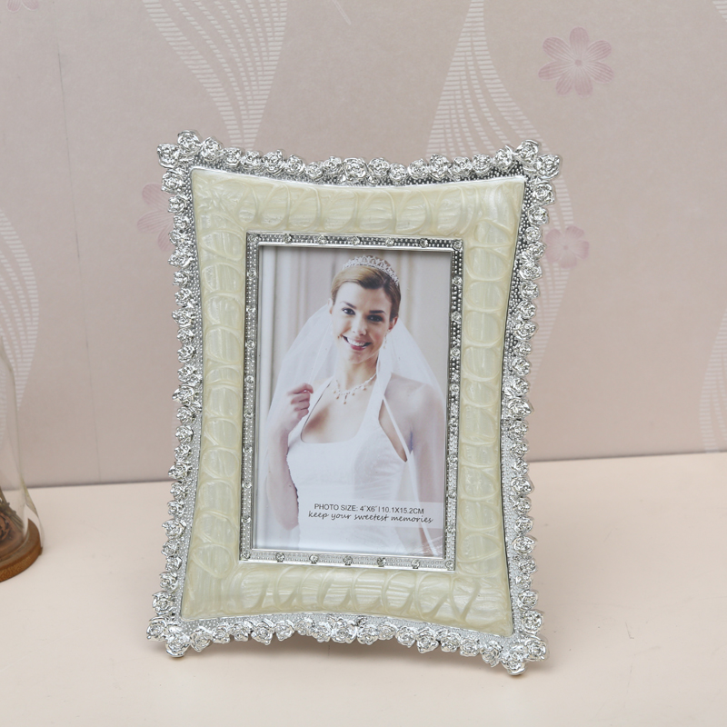 Korean gold lace wedding photo studio creative photo frame swing sets 7 inch 6 inch plastic children's baby photo frame