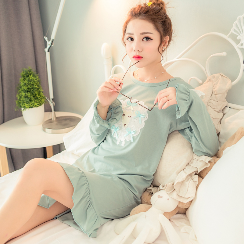 Get Quotations · Korean version of the long section nightgown female spring  and autumn cotton skirt autumn and winter c473e41a4