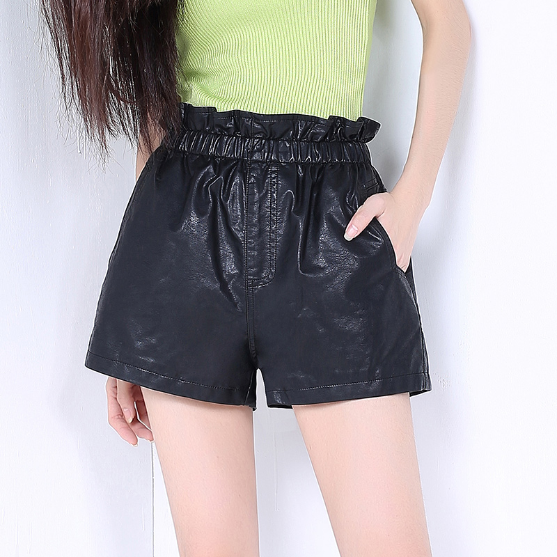 Korean version of the new winter washed pu leather shorts leather pants casual pants fall and winter boots pants bottoming a word wide leg shorts