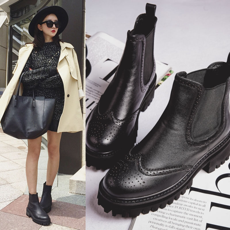 Korean version of the round boots martin boots women leather flat boots and bare boots chelsea boots england autumn and winter shoes