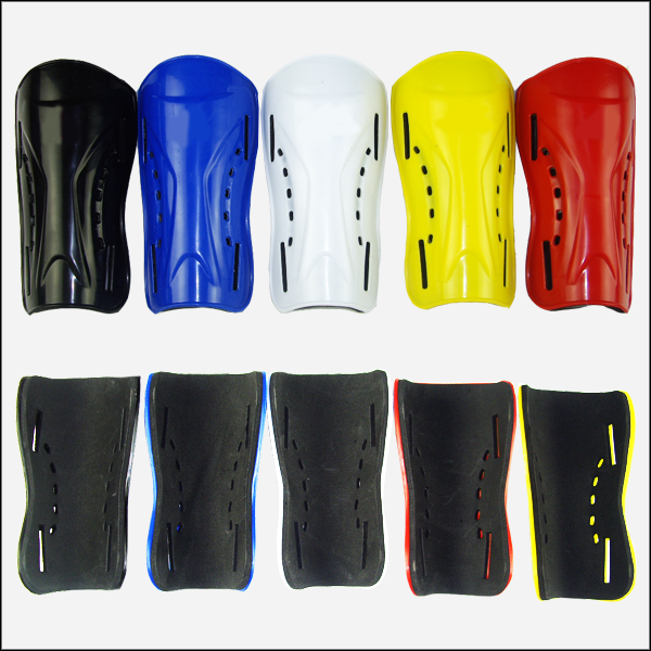 Light board breathable leg shield flapper shin pads football shin pads football pads can be equipped with straps