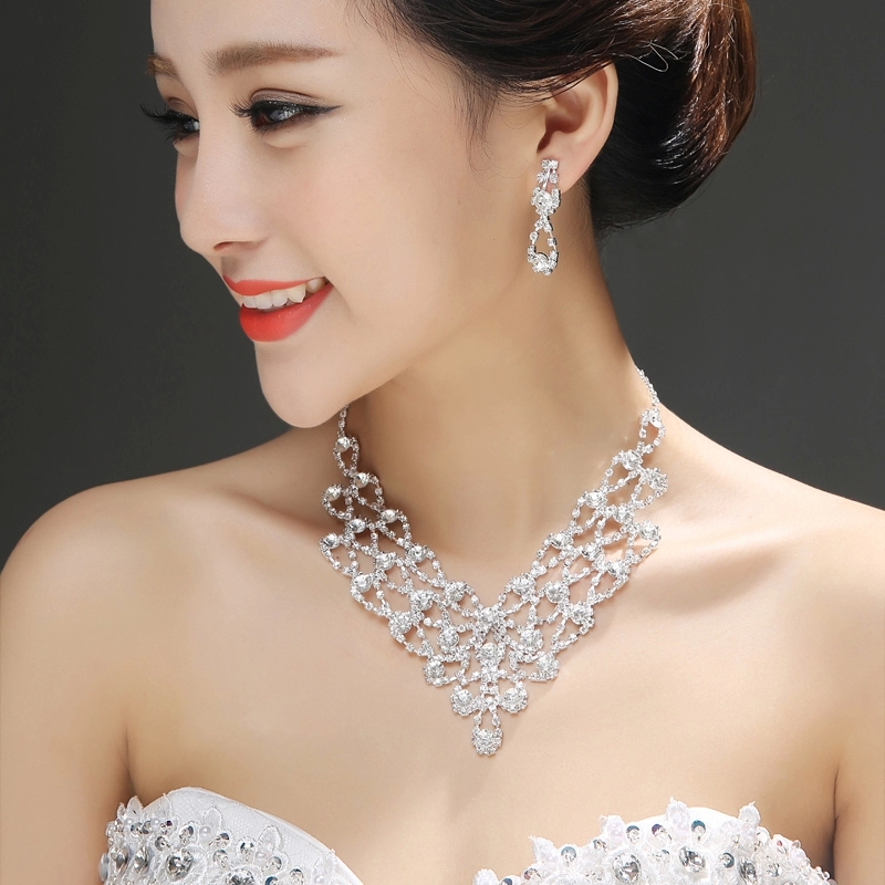 Lufthansa is still the national colors of cheap new bride wedding dress bridal sets chain necklace piece suit wedding accessories bridal accessories