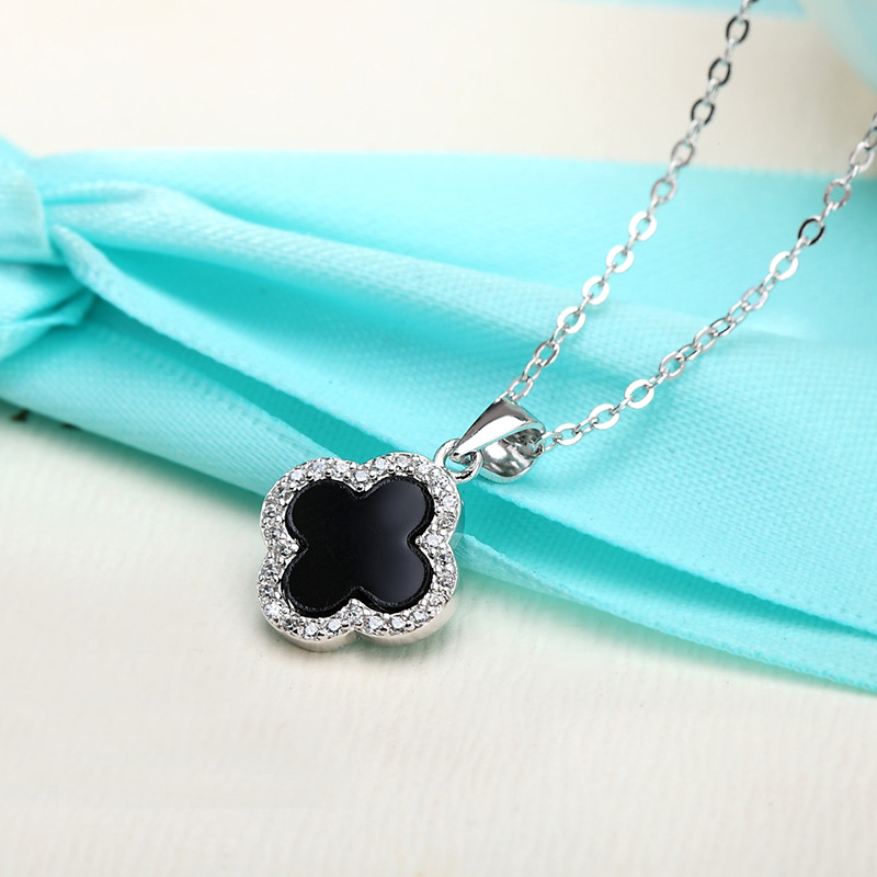 Midsummer crystal s925 silver clover necklace female models short paragraph clavicle chain black pendant japan and south korea with jewelry simple
