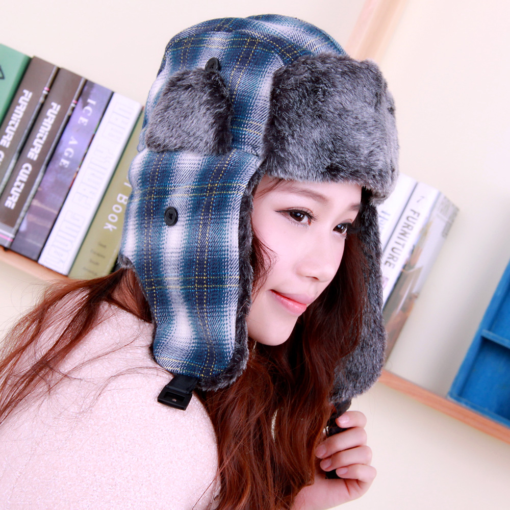 Momiton korean version of the influx of warm autumn and winter days outdoors men and women cute plaid wool hat ear cap lei feng
