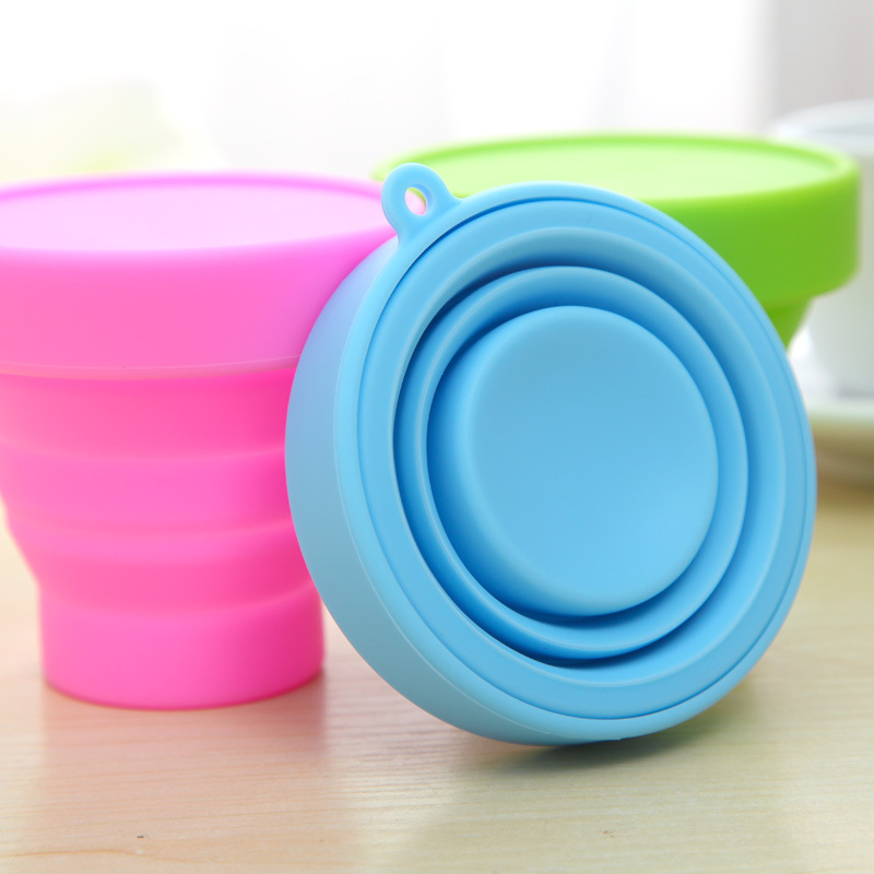 New creative travel sports cup portable candy color silicone folding retractable cup cup
