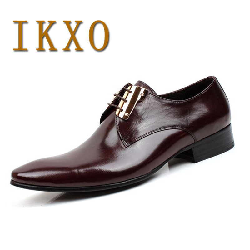 New fashion ikxo fashion banquet british fashion pointed lace low to help men solid color business dress leather shoes