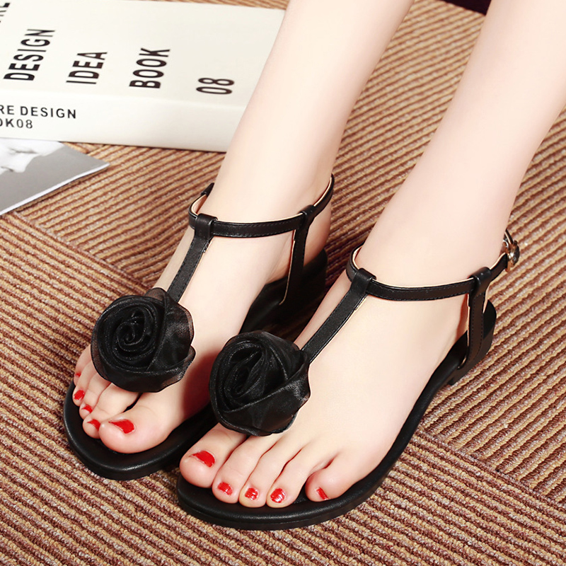 Old movies flowers thong sandals women flat shoes low heel shoes leather shoes stylish and comfortable t word buckle shoes women shoes tide shoes