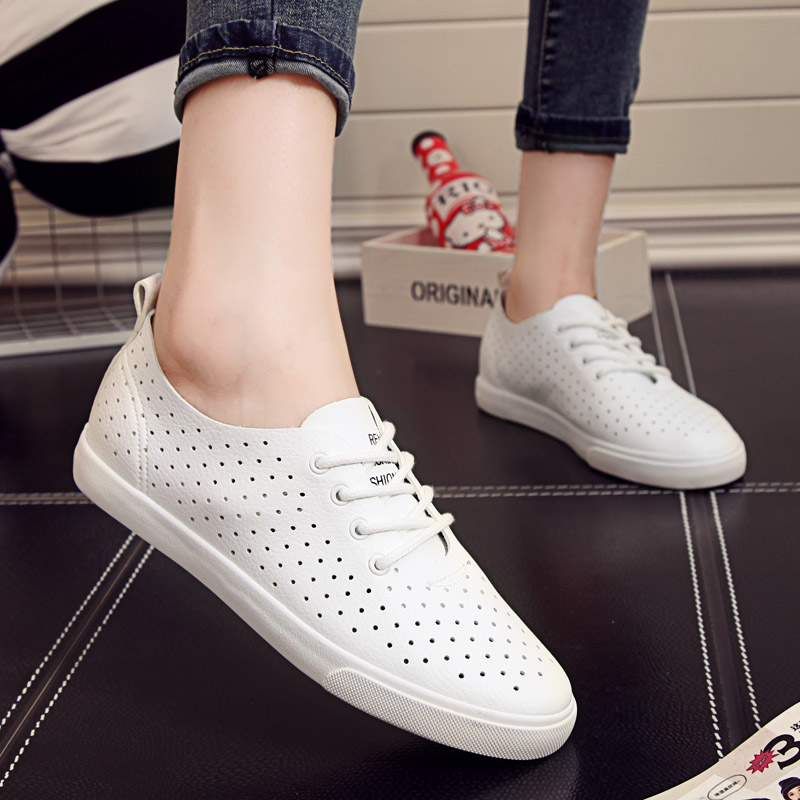 People in this paragraph lace women shoes at the end of summer hollow breathable flat shoes white shoes with flat shoes student shoes casual shoes student
