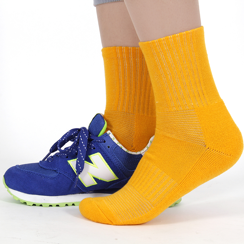 [Photographed 3 automatically captured 26.3] music strong high cotton ms. tennis series sports socks Fitness socks