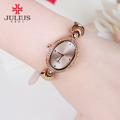 Poly lee korean fashion trend oval simple small dial belt female form students watch fashion quartz watch