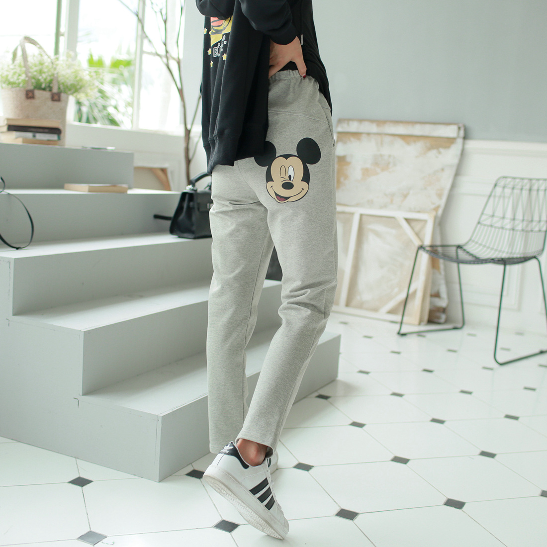 Pregnant women pants trousers autumn autumn maternity pants leggings outer wear loose pants casual pants big yards prop belly