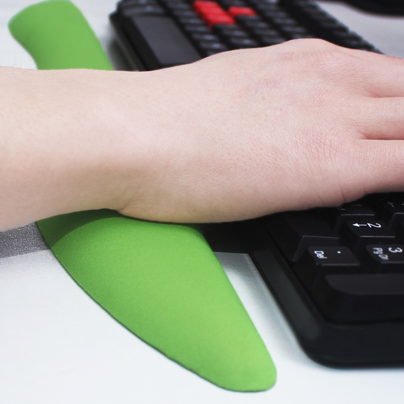 Ray expanding soft silicone oil on the keyboard wrist pad wrist rest wrist computer mechanical keyboard satisfy wrist wrist pad