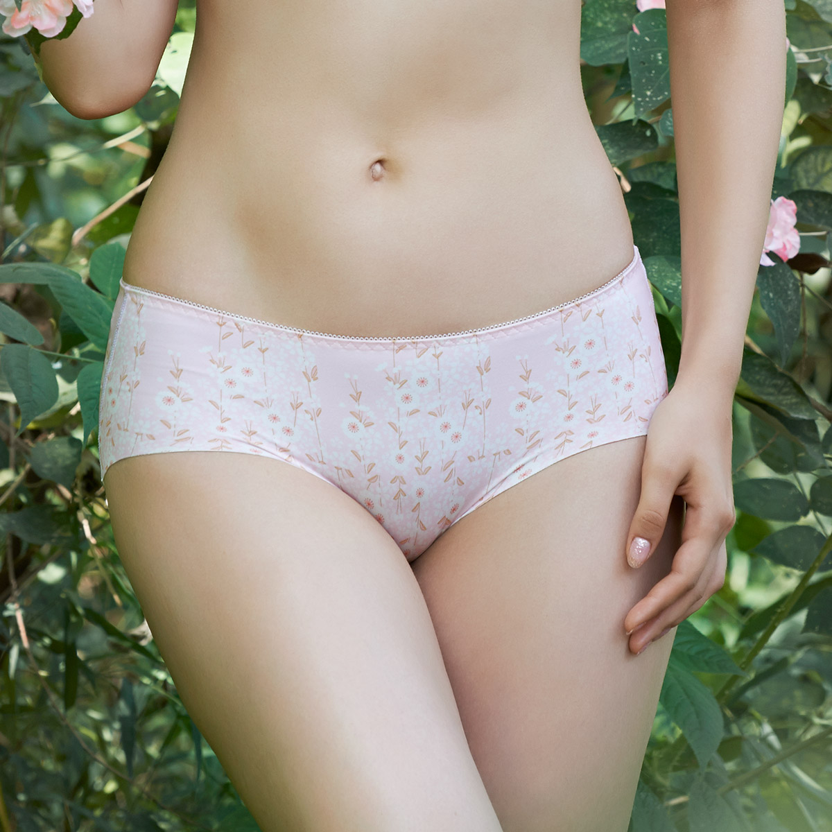 Run micro fresh flower print comfortable and breathable underwear