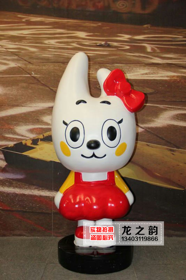 Spot shipping spot frp fiberglass sculpture sculpture sculpture ornaments painted cartoon resin