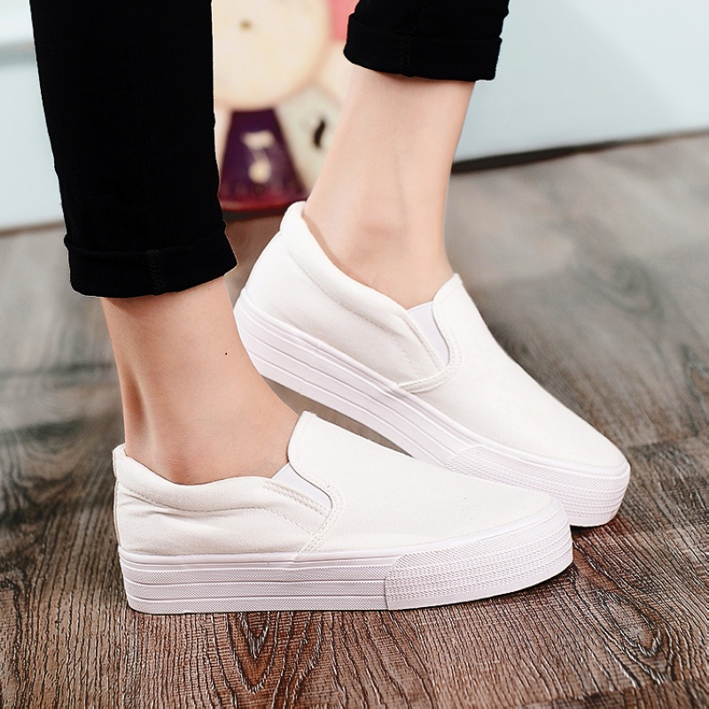 Spring and autumn bottomed canvas shoes flat shoes lazy shoes korean casual shoes women shoes student shoes a pedal sets foot