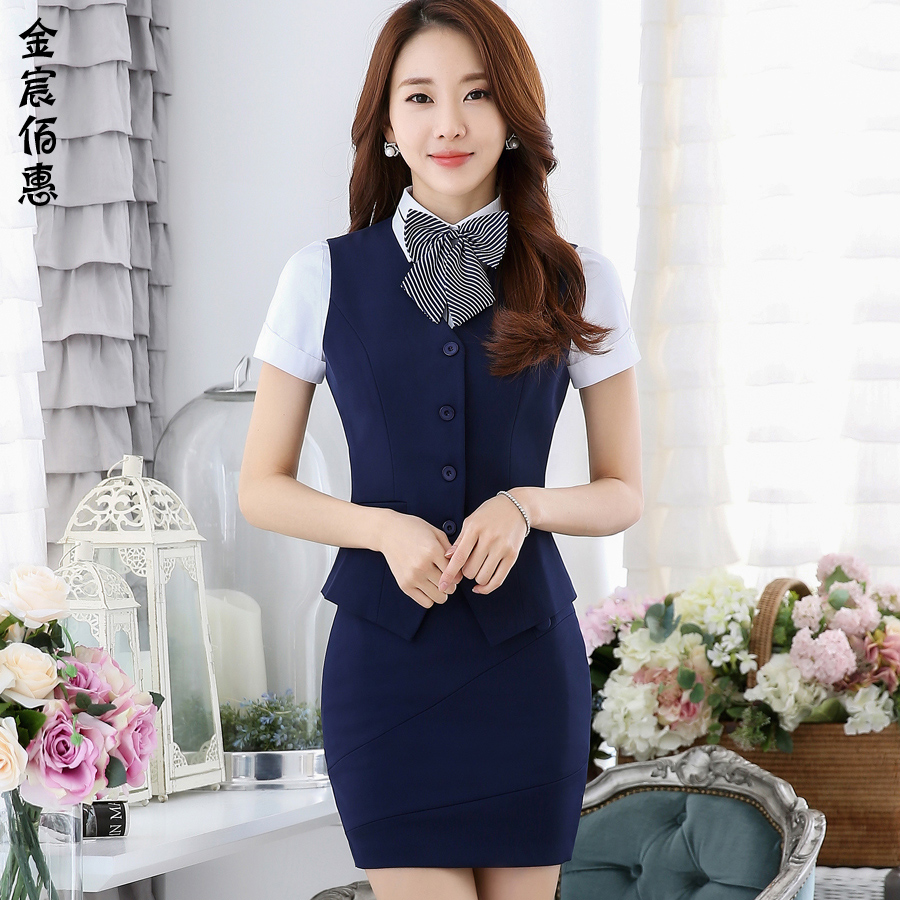 The hotel reception foreman ladieswear casher summer dress wear overalls vest mall sales shopping guide pin