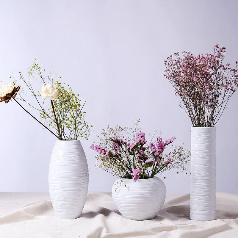 Three sets of creative minimalist white creative countertops hydroponic flowers into a vase of dried flowers flower ornaments ceramic decorations
