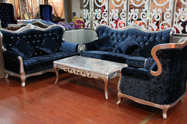 Tianchuan of pages of new classical european fabric sofa combination of simple and stylish living room luxury solid wood