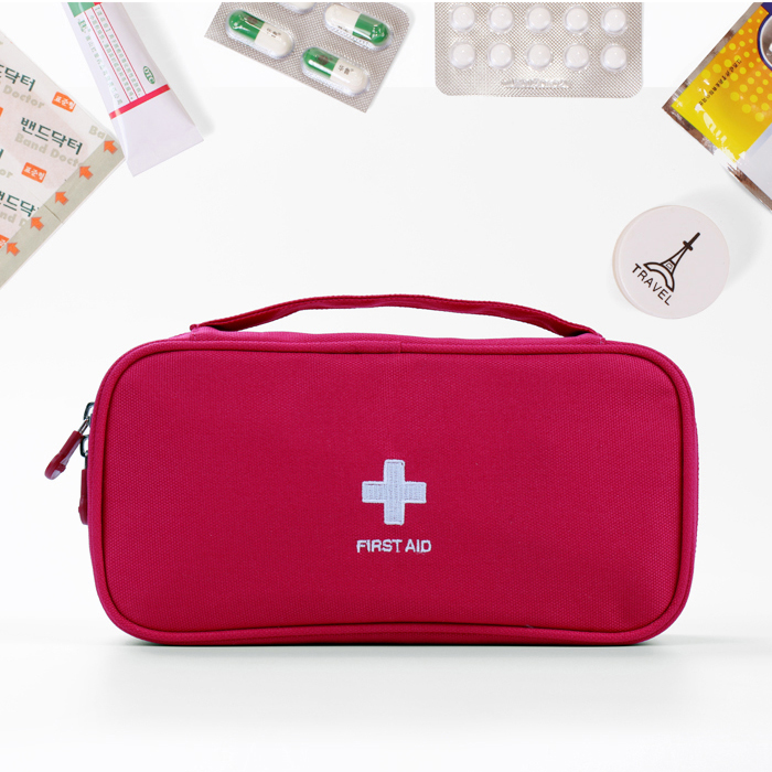 Travel travel essential portable mini first aid kit mini portable storage bag small admission package