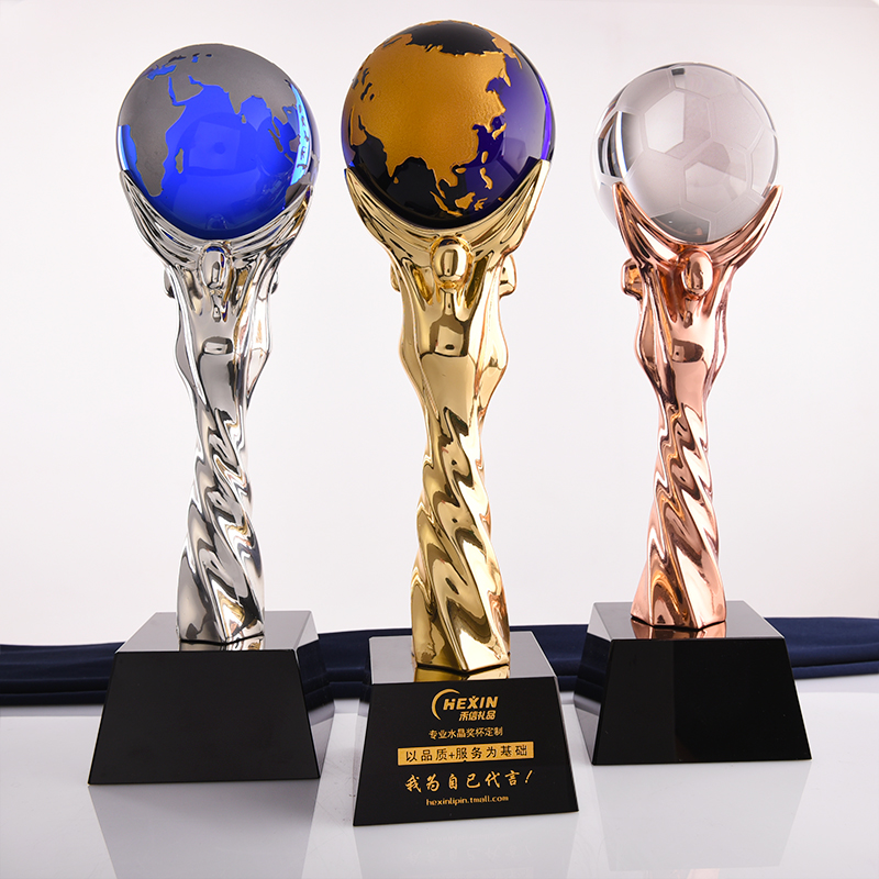 United creative plating metal trophy crystal trophy custom lettering basketball football trophy earth