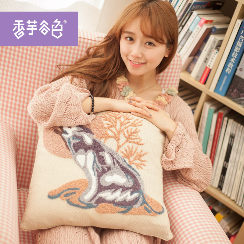 Wolf totem embroidered pillow cushion cover pastoral valley taro color european fabric sofa cushion cover to send men and women friends