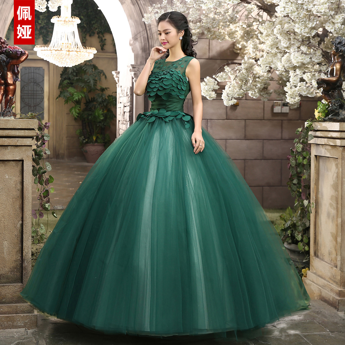 Word shoulder retro petal dress costumes tutu dress evening dress long paragraph evening dress wedding dress new 2015 stage