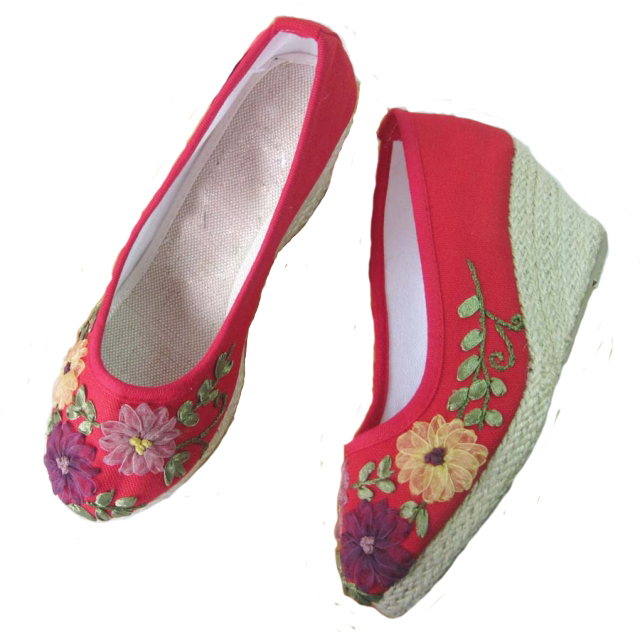 Xifeng court han chinese clothing embroidered shoes slope with embroidered shoes urban casual shoes embroidered shoes wedding shoes high heels