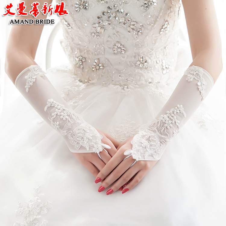 Yi mandi bride fingerless lace wedding gloves long section of the spring and autumn bride wedding gloves yarn with jewelry 02