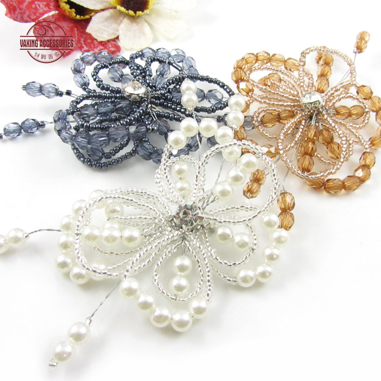 New handmade beaded brooch flower brooch pearl brooch corsage brooch jewelry brooch accessories accessories
