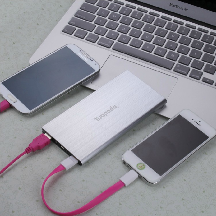 Ultrathin polymer mobile power mobile phone universal charging treasure 8600 mA large capacity genuine new