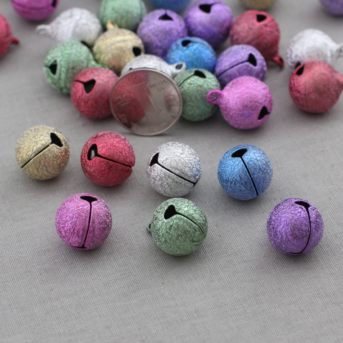 Lai mia-high quality-matte color decorative frosted bell small bell 18 # diameter of about 1.8 cm