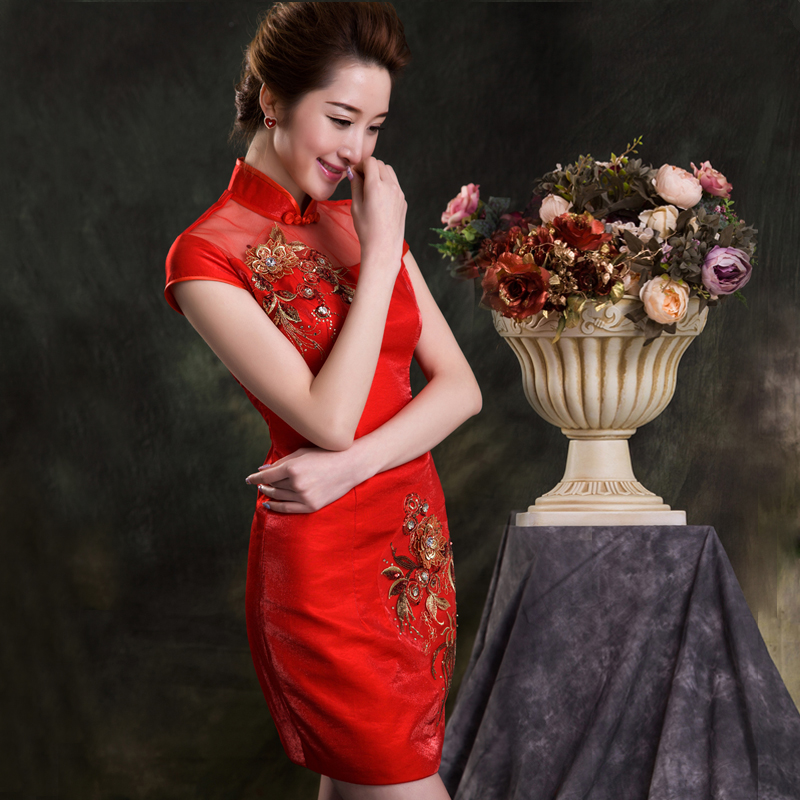 2015 bride toast the bride wedding dress cheongsam red short paragraph cheongsam cheongsam dress fashion hollow diamond flower