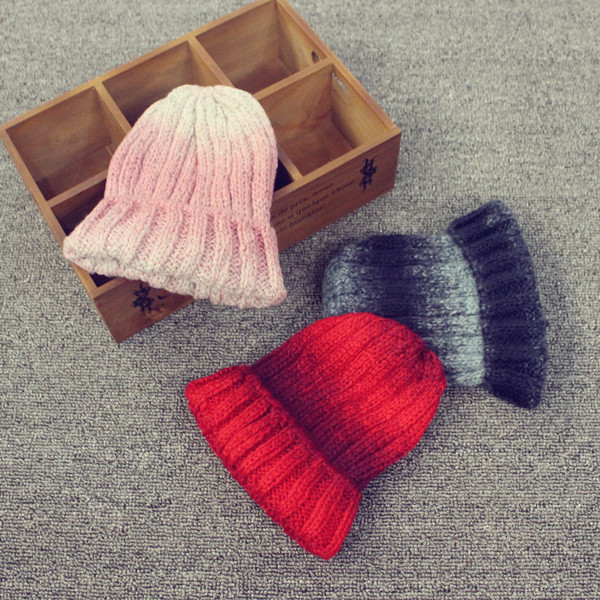 2015 korean version of the new children aged 4-8 gradient color wool knit cap hedging influx of boys and girls fall and winter wool cap