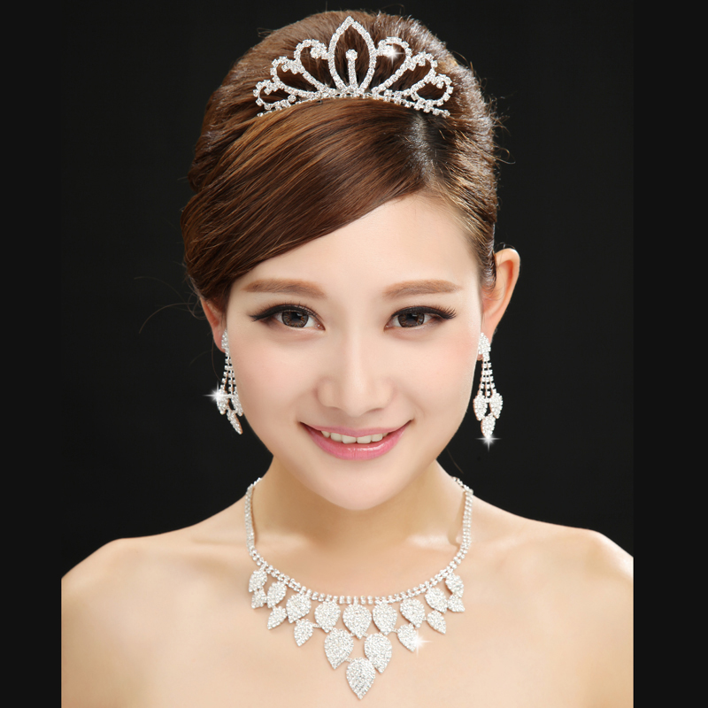 2016 new bride wedding dress accessories wedding dress jewelry accessories necklace crown three sets of ear rings