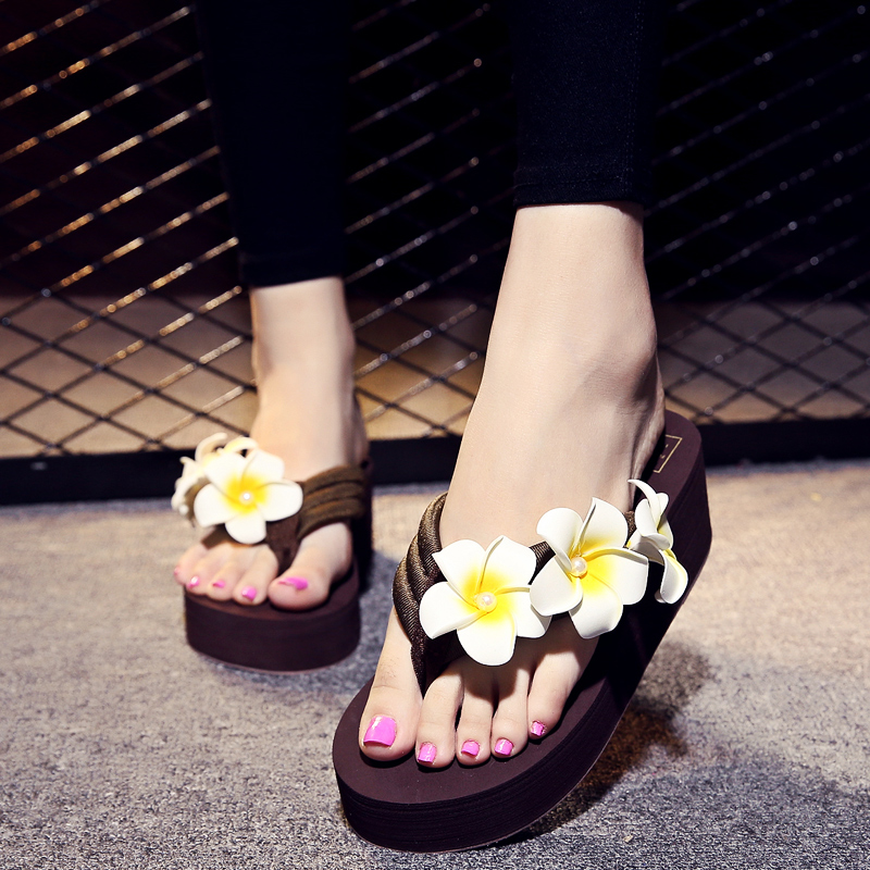 bec47595d Get Quotations · 2016 new korean version of summer fashion slip flat beach  sandals and slippers female flowers slope